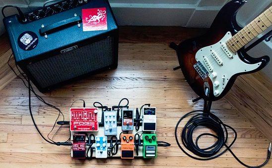 ギターアンプ、エフェクターなど音楽機材関係のページです。